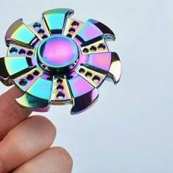 اسپنر مدل سفینه ای فلزی هفت رنگ
